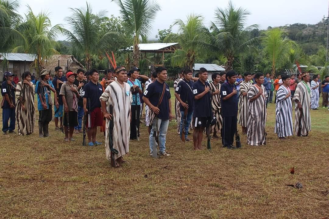 Ashánincas defienden sus territorios
