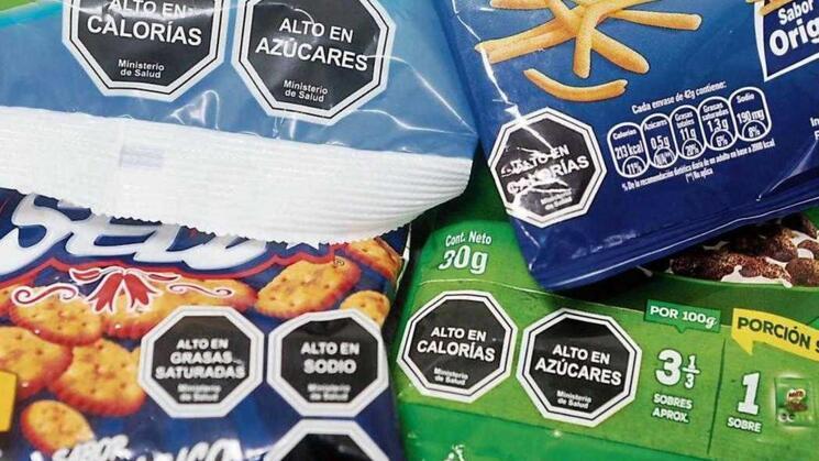 POLÉMICA. Decisión de Indecopi impide al Minsa regular publicidad sobre los octógonos.