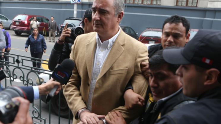 Exalcalde del Callao Álex Kouri fue enviado a prisión por corrupción en el  caso Convial   Ojo Público